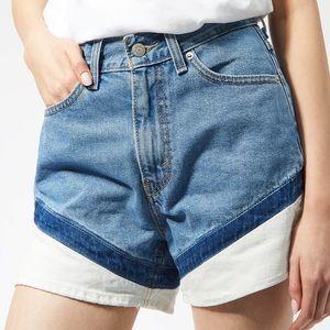 Levi's NWT High Waisted A-Line Mom Denim Shorts
